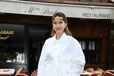 Gigi Hadid, Paris Fashion Week un pērles