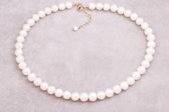 Kaklarota - baltās pērles
