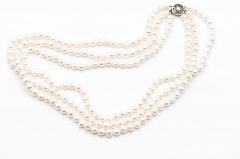 Baltā pērļu kaklarota