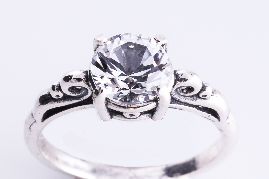 Safīra gredzens