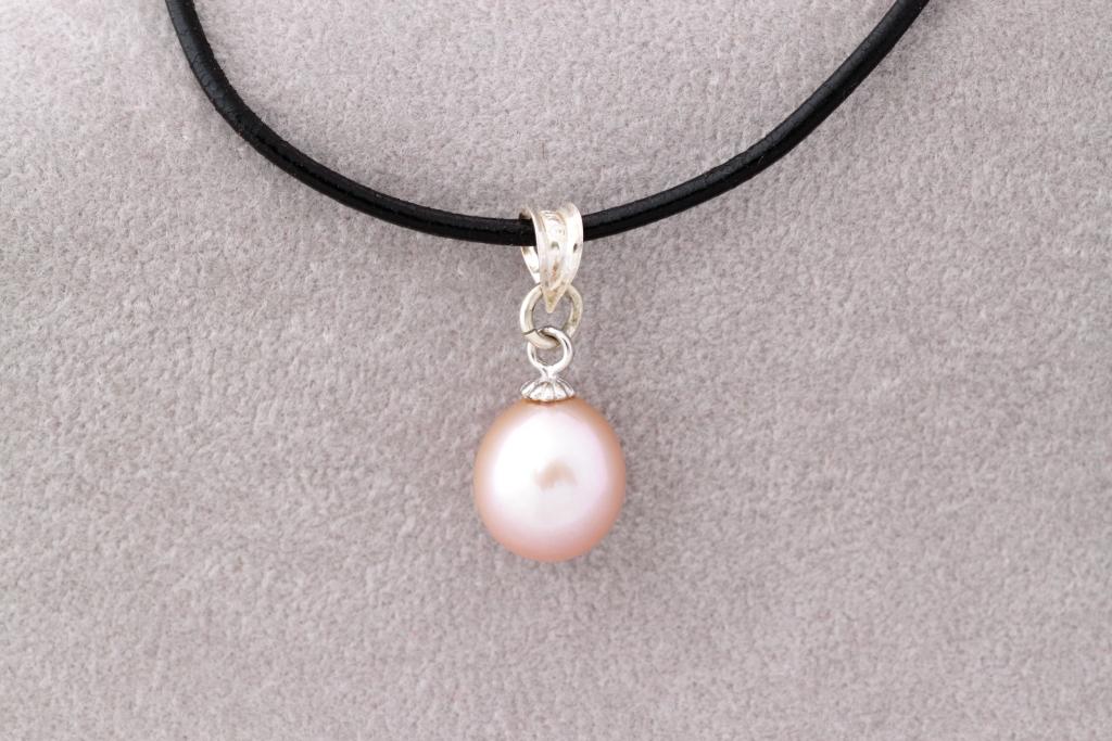 Pērļu lāsīte- kaklarota