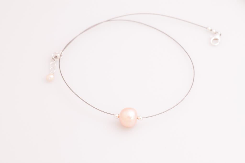 Viena krēmkrāsas pērle