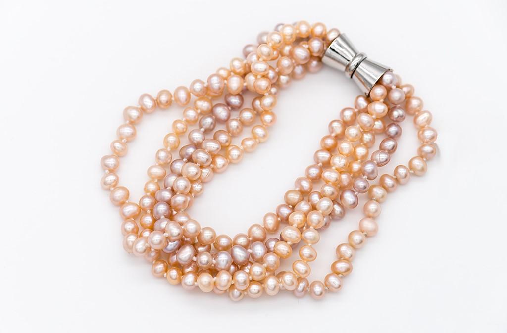 Aprikožu krāsas pērles