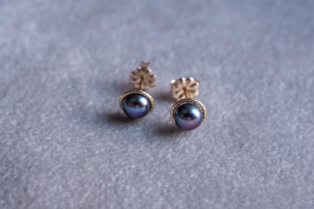 Upes pērļu auskari, zelts