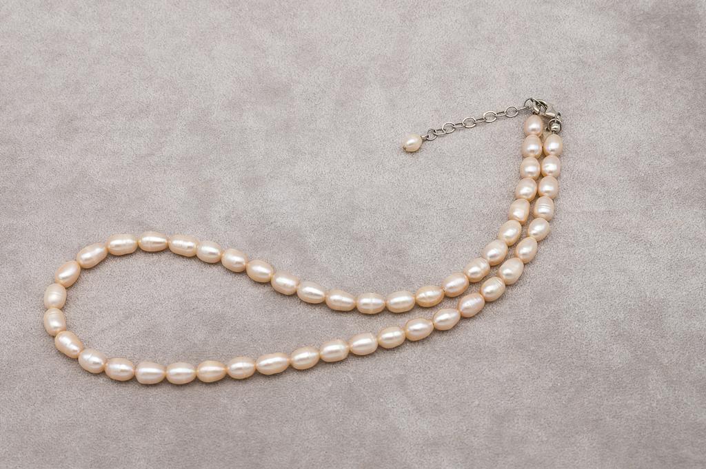 Kaklarota pērļu