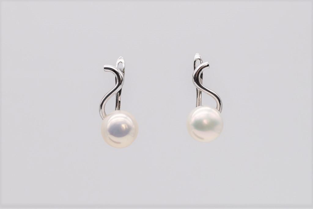 Baltās pērles, auskari