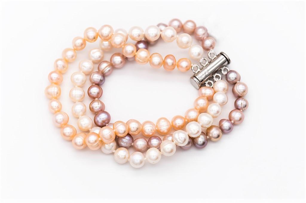 Trīs krāsu pērles