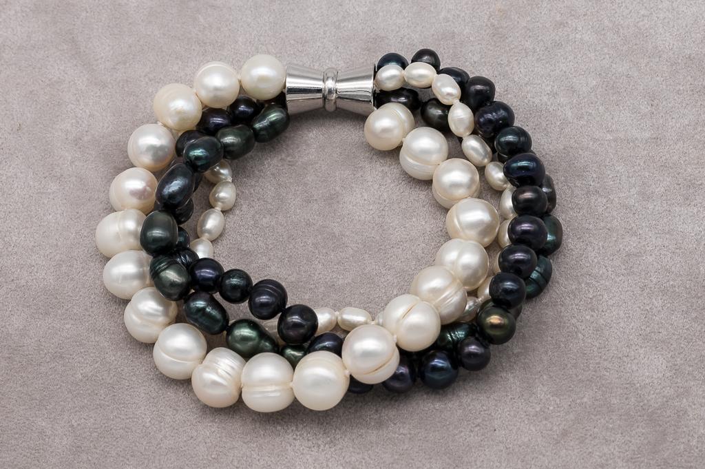 Aprikožu krāsas pērļu rokassprādze 4-7mm