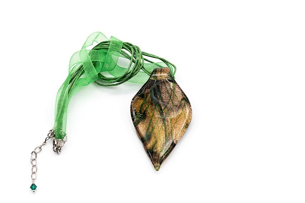 Zaļā Venēcijas stikla kaklarota