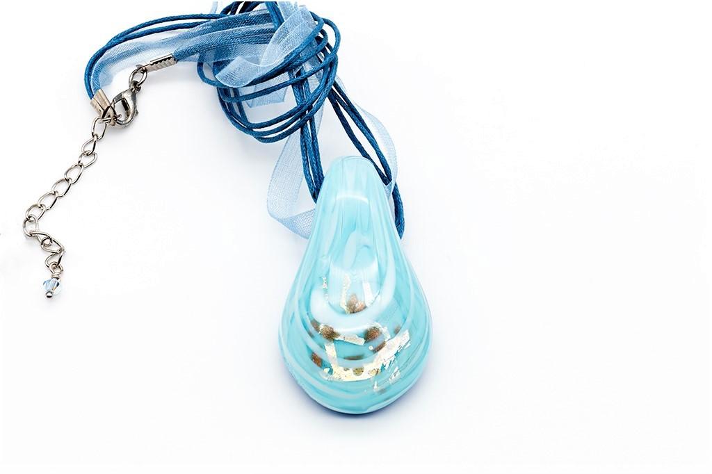 Gaiši zila Venēcijas stikla kaklarota