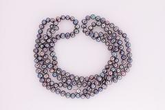 Opera garās pērles