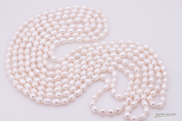 Long white pearl neclace