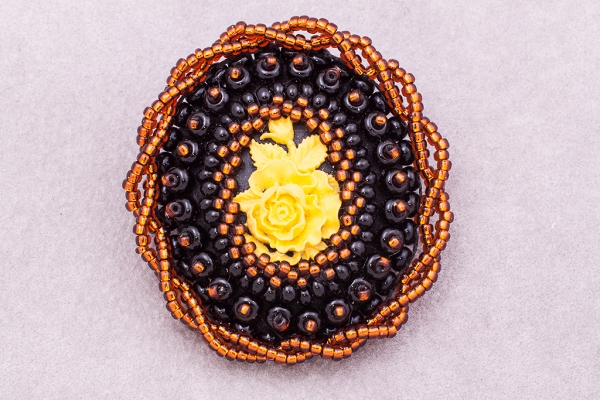 Yellow  rose cameo brooch