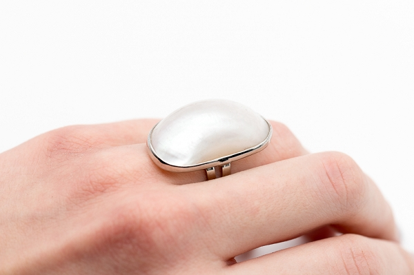 Mother of Pearl cocktails ring