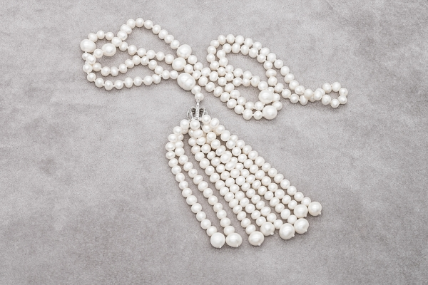 Pearls necklace and charm