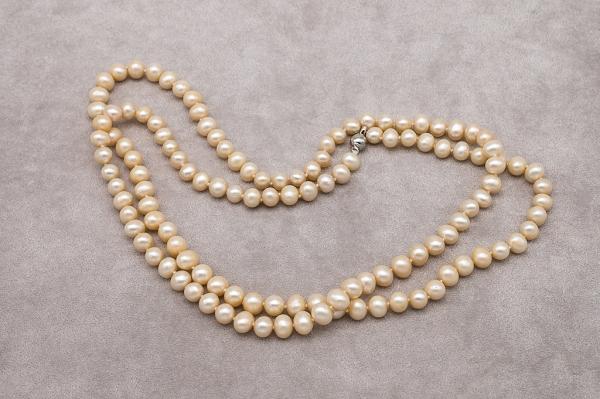 Brūno pērļu kaklarota