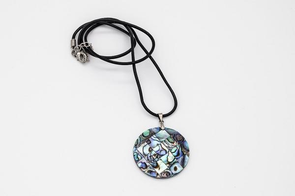 Round abalone pendant