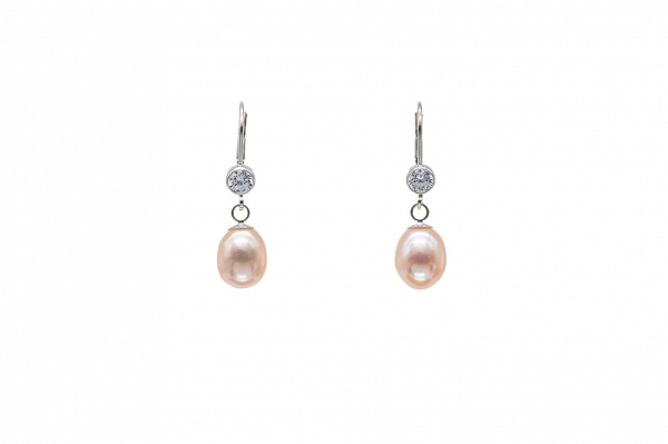 Apricot hue Pearl earrings