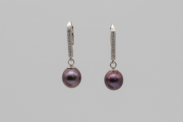Brown pearls, earrings