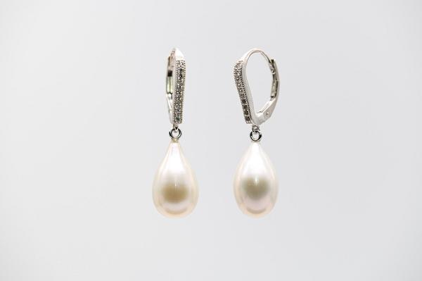Lielās baltās AAA pērļu lāsītes