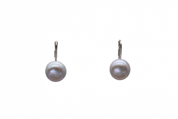 Lavander color pearl earrings 10mm