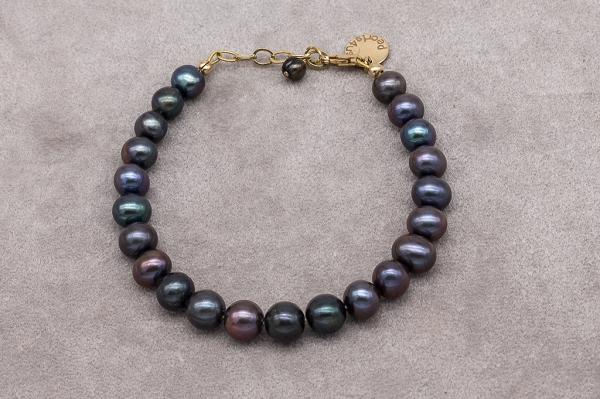 Dark brown pearl bracelet