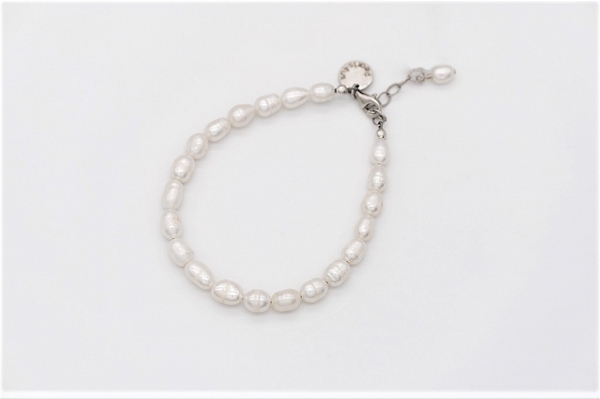 White colour rice Pearl bracelet