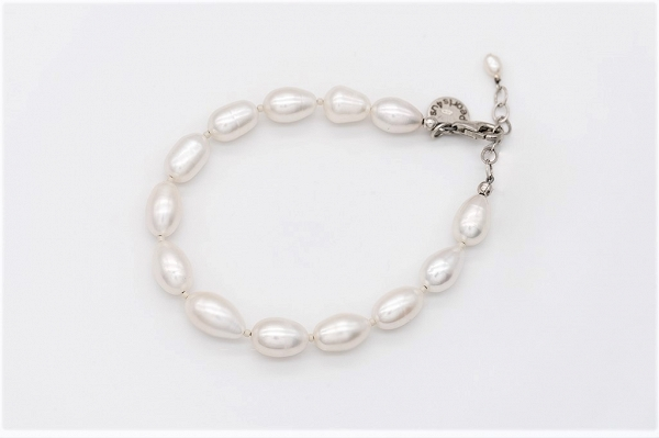White large rice Pearl bracelet