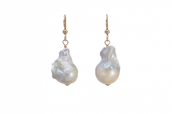 White pearl drops - earrings