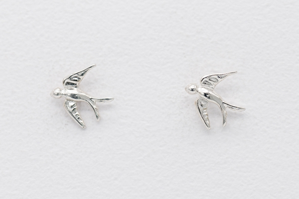 Birds motive earrings